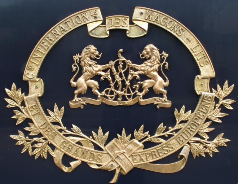logo CIWL fond bleu