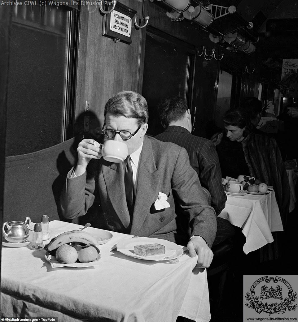 Voiture restaurant ciwl night ferry 1952