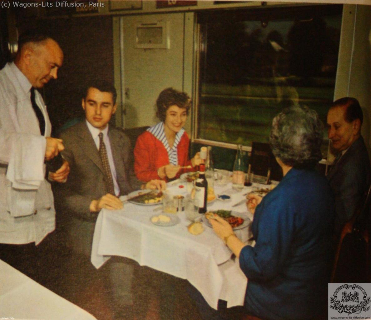 WL Pub voiture restaurant (4)