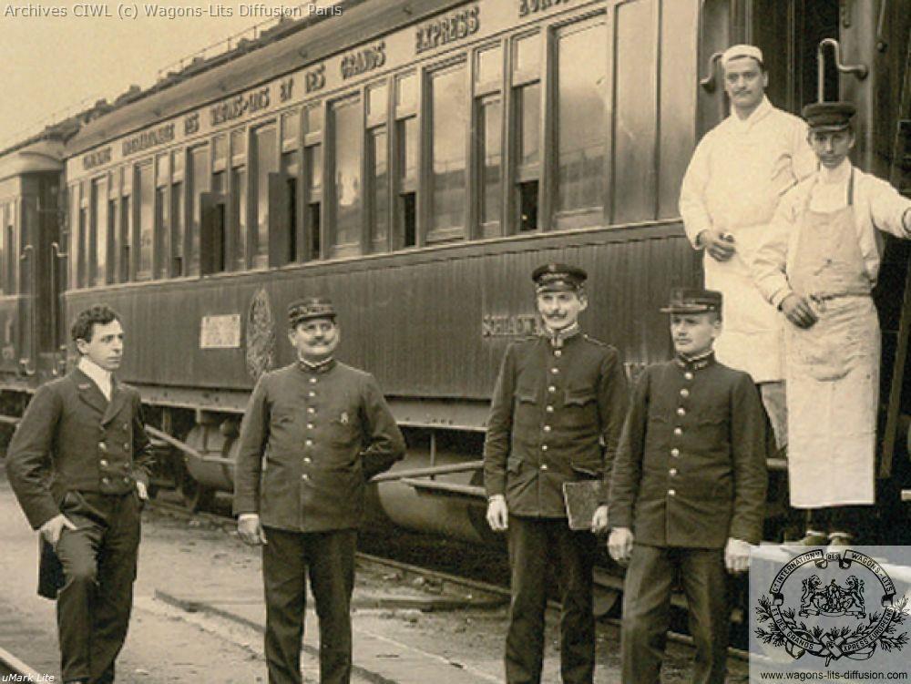 Wl voiture en teck vers 1900