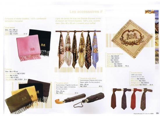 Collection d'articles de voyage et accessoires siglée WL