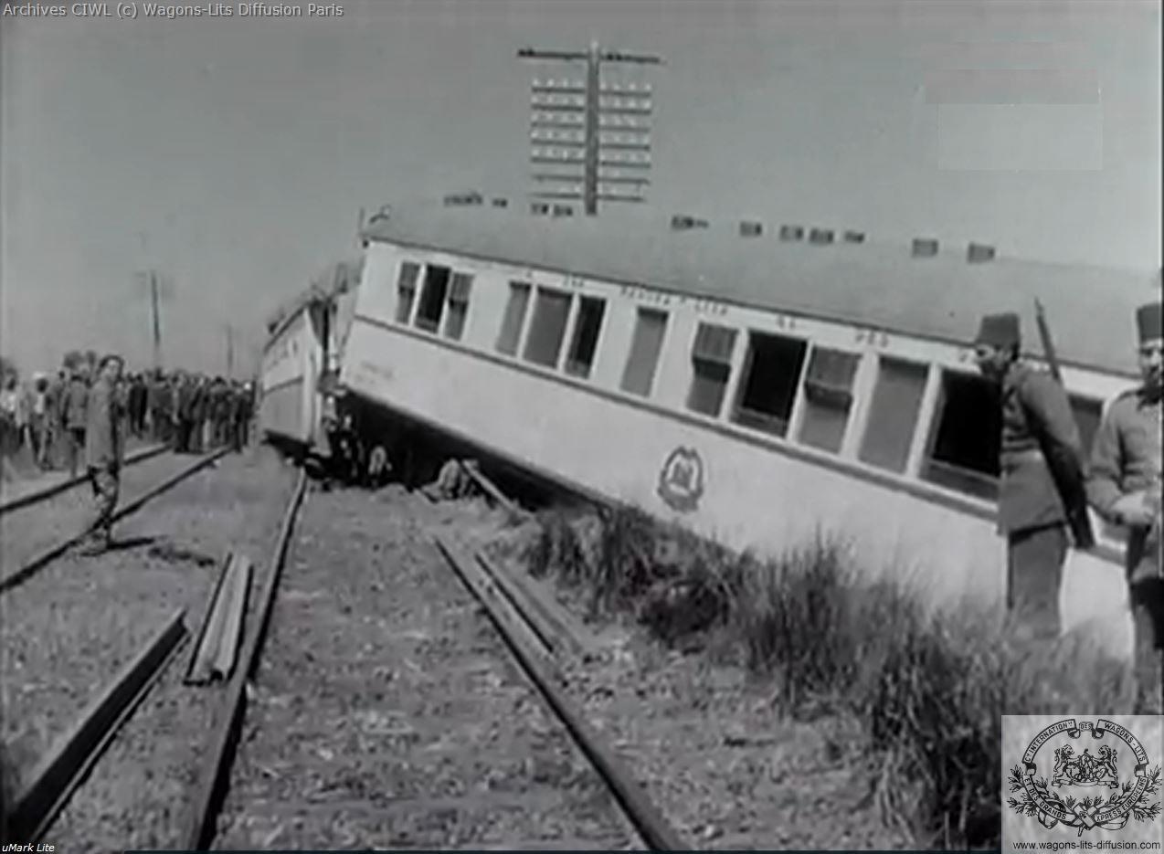 Wl egypt railways ciwlt train crash south of cairo 22 march 1956