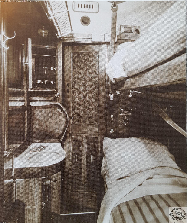 Wl interieur compartiment vers 1900