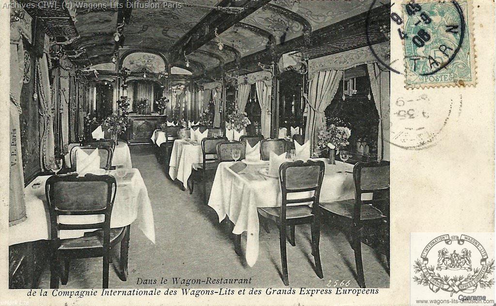 Wl interieur d une vrestaurant vers 1900