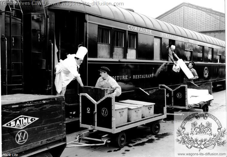 WL Train bleu 1922